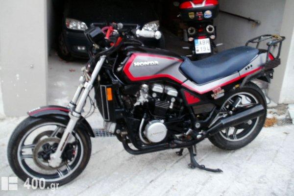 Honda VF 1100/V 65 SABRE (ΕΚΤΕΛΩΝΙΣΜΕΝΗ) '84
